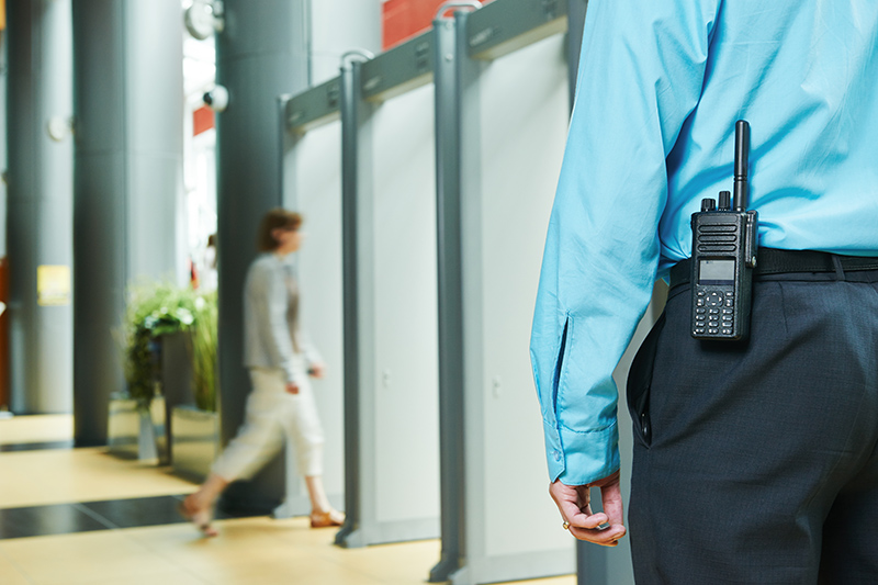 24 Hour Security Guard Cost in Swindon Wiltshire